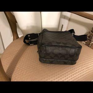 Coach Bags - COACH HERITAGE SIGNATURE Flight Messenger Mens Bag